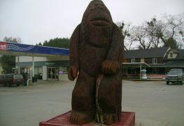 Bigfoot statue in Willow Creek, CA